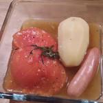 35235944 - 洋風おでん盛合せ小300円 トマトとジャガイモとウインナを選びました。