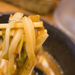 七弐八製麺 - 混ぜていただくと、より美味しい!