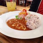 peripatos - ランチ :Aセット カレー五穀米