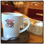 コメダ珈琲店 - たっぷりカフェオーレ。モーニングセット。 コーヒー単品だと微妙。
