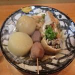 おでん割烹語りばさ - おでん、大根・小芋・じゃがいも・厚揚げ・野菜きんちゃく。