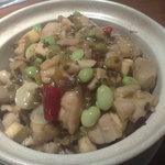 同源楼 - ランチ、鶏肉と高菜の辛し土鍋