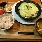 35252316 - タジン鍋(豚肉とキャベツ)ご飯セット 1,150円