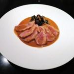 レゼールデカー - フランス産 鴨の胸肉のポワレ、ソースポワブラード