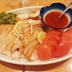 ヤマショウ - 蒸し鶏&トマト