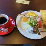 ハッピーランド - ブレンドコーヒーとモーニングサービス