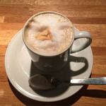 丸の内カフェ ease -