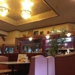 35260441 - 昭和の喫茶店そのものです