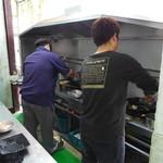 阿成炒飯專賣店 - 若いのに、大した腕前です。※撮影ご了解