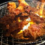 岩崎塾 - ホルモン焼き
