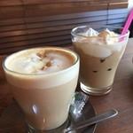 kawara CAFE&DINING - ココナッツミルクティーアイス626円とココナッツラテホット626円
