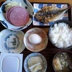 よし喫茶 - 料理写真:世界王者も食した朝定食が一般の人も700円で!