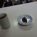 一寸そば屋 - 料理写真:お茶請けはそばみそ