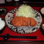 ローン - 金華豚ロースカツ御膳、金曜割引サービスで1,100円