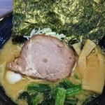 琉二家 - 料理写真:730『ラーメン並(豚骨醤油)』2015年2月
