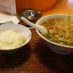 一番亭 - 料理写真:あんかけもやしラーメン+半ライス(サービス品) 650円