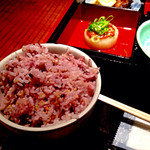 35274470 - 松花堂弁当御膳(1,350円)のご飯。お代わり自由。白米・黒米・キスマイ…じゃなくて十穀米からチョイスできます。写真は十穀米。