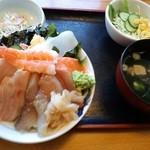 35274703 - ちらし寿司定食