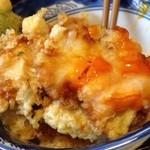 元禄鮨 - 牡蠣天丼 半熟卵天も入ってます