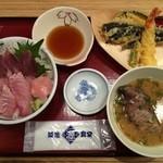 35275664 - 天然ぶり丼と天ぷら(あら汁つき)