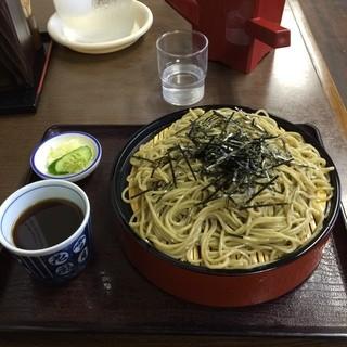 京極食堂 - 宮城県本吉郡南三陸町のさんさん商店街にあるそば処京極でおやつにざるそばを食す。 極めてうまし。 700円。