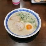 ねぎ屋 - 料理写真:こってりラーメン \580