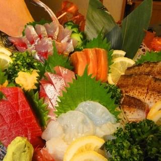 美味しい魚はどうですかっ?!豪快です♪