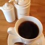 森のカフェ - ランチのセットのブレンドコーヒー。カップは小さくない。飲みやすいお味。