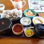 ひがし川 - 料理写真:ある日の 和ランチ