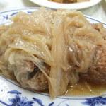 忠南飯館 - 料理写真:紅焼獅子頭(ホンシャオスーズートウ)