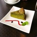 フィッシュテイル - 抹茶ケーキ、濃厚!