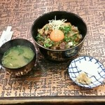一木 - 料理写真:ジビエ丼(イノ・シカ・チョウ丼)みそ汁付 1200円