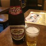 天竺園 - ビール(550円)。