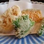 蕎麦処 葉山 鰹  - 天麩羅