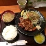 35302869 - 豚生姜焼定食890円