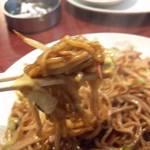 味楽亭 - 麺リフト(笑)