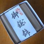 大黒屋鎌餅本舗 - 御鎌餅4個入り