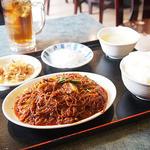食神 餃子王 - 麻婆春雨の定食(辛口)。通称5番辛口。