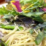 たまな食堂 - きのことバジルの塩麹パスタ