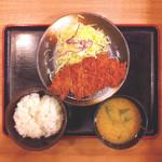 35316004 - 松乃屋三鷹店ロースかつ定食税込500円(2015.02)