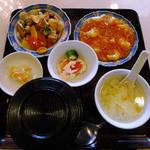 上海菜館 - Dランチ(Cランチ相当のお料理には八宝菜を選択)本来
