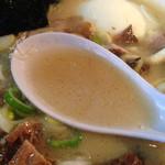 らーめん楓 - 白濁豚骨塩スープ