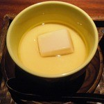 35320934 - 茶碗蒸し。これはお麩?