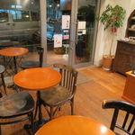 パティスリーサロン・ドゥ・テ アミティエ - どこの街にも有りそうな、可愛らしいケーキ屋さん2