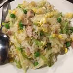 西安刀削麺酒楼 - 焼豚炒飯