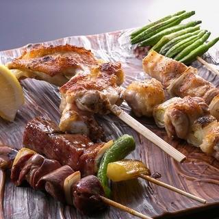 『天草大王』と『朝引き鶏』を使用した絶品串。