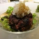小さな蔵 だれやめ - 熟成短角牛のハンバーグ