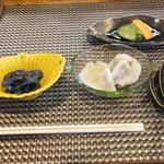 35336147 - 丸雑炊 1100円 小鉢類 【 2015年2月 】