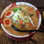 麺 みの作  - 料理写真:みそ野菜ラーメン