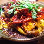 黒猫夜 - 鴨と臭豆腐の炒め物
